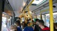 """Bus sovraffollati in orario scolastico, Seta: """"Problemi nelle prime settimane, ora nessuna criticità"""""""